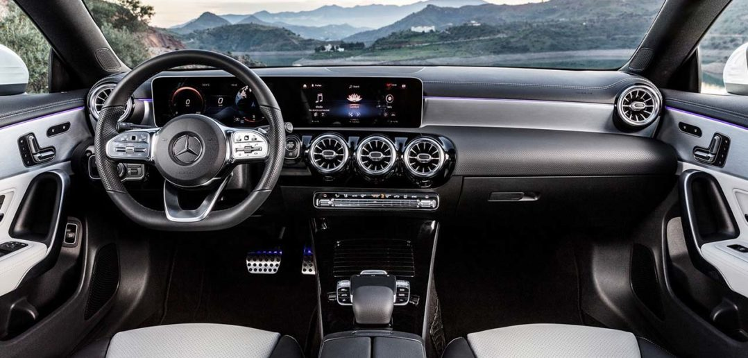 Nowy Merecdes CLA Coupe (2)